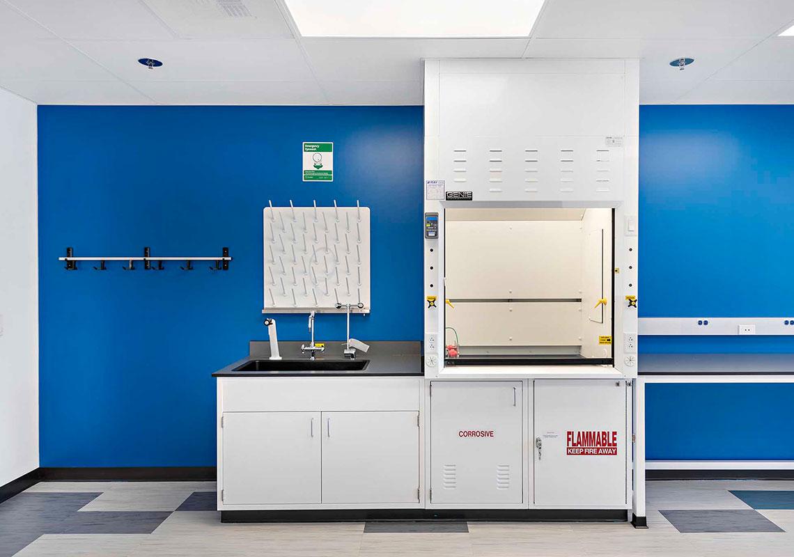 lab-fixtures-6