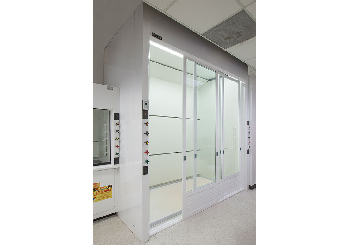 walk-in-fume-hoods-23